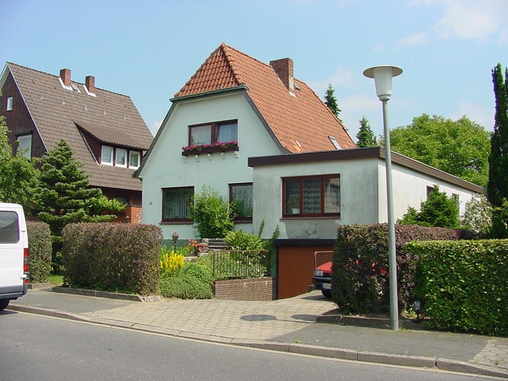 Einfamilienhaus - Front vorher